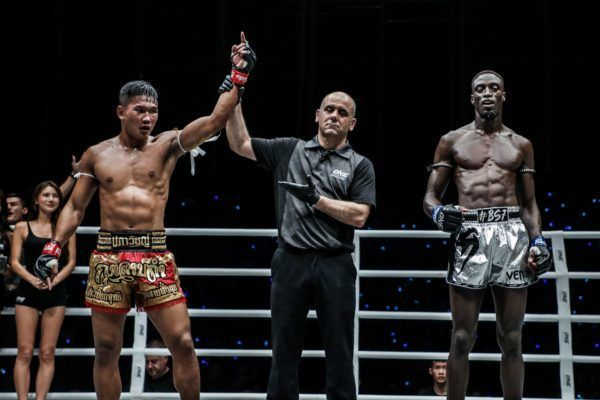Kulabdam Sor. Jor. Piek Uthai celebrates his win against Bobo Sacko at ONE IMMORTAL TRIUMPH