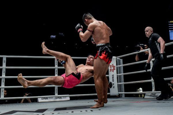 Nong-O Gaiyanghadao sweeps Saemapetch Fairtex at ONE EDGE OF GREATNESS