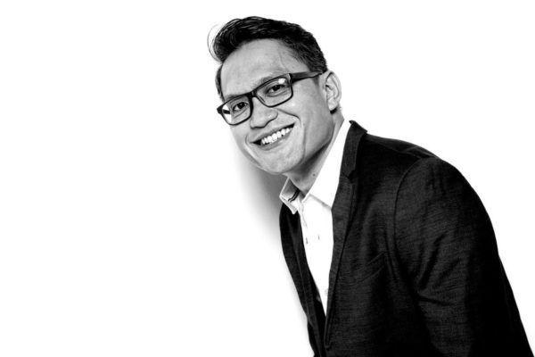 Indonesia-based journalist Dean Benetiz