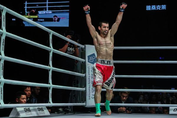 Jamal Yusupov celebrates his win against Yodsanklai at ONE AGE OF DRAGONS
