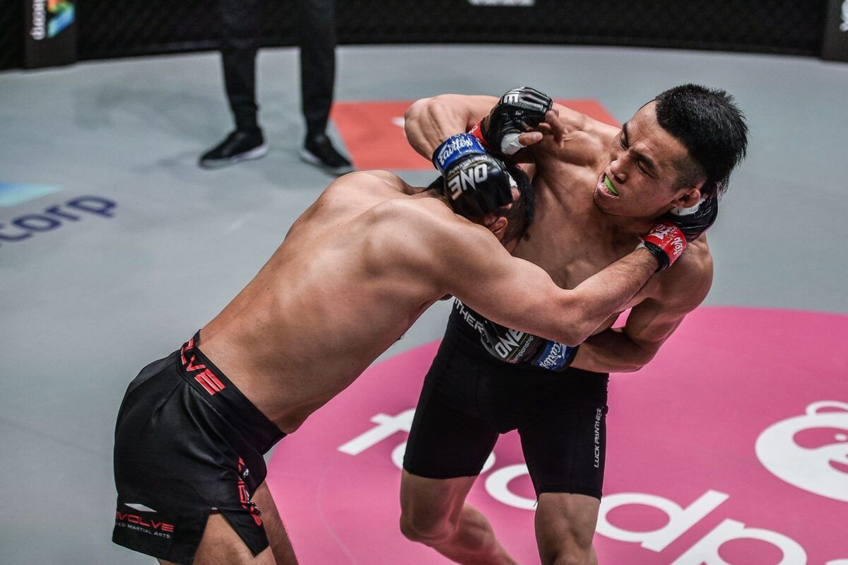 Live action shots of MMA fighters Hexigetu and Dejdamrong Sor Amnuaysirichoke from ONE: REIGN OF DYNASTIES on 9 October!