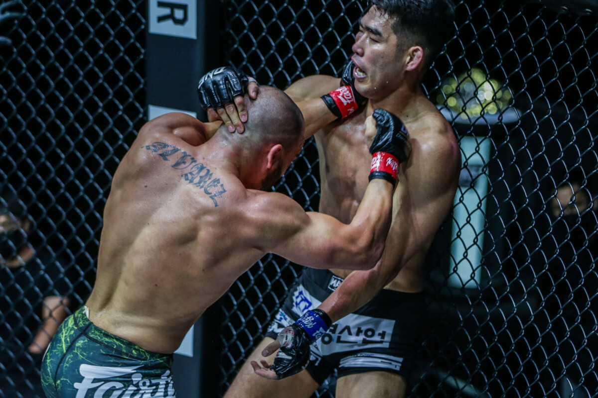 """Pictures from Eddie Alvarez vs. Ok Rae Yoon from """"ONE on TNT IV"""""""