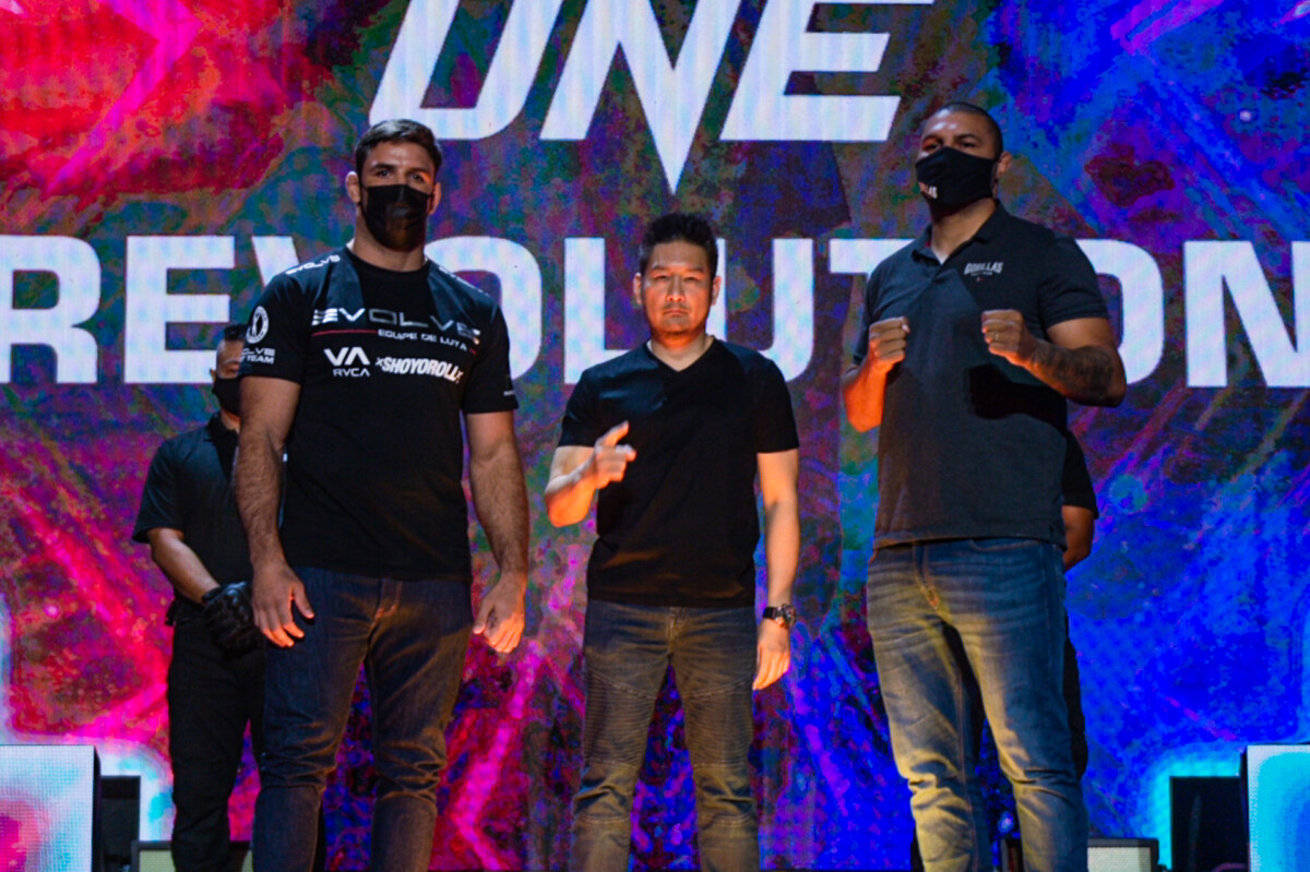 Marcus Almeida and Anderson Silva at Chatri Sityodtong at the ONE: REVOLUTION Press Conference & Faceoffs