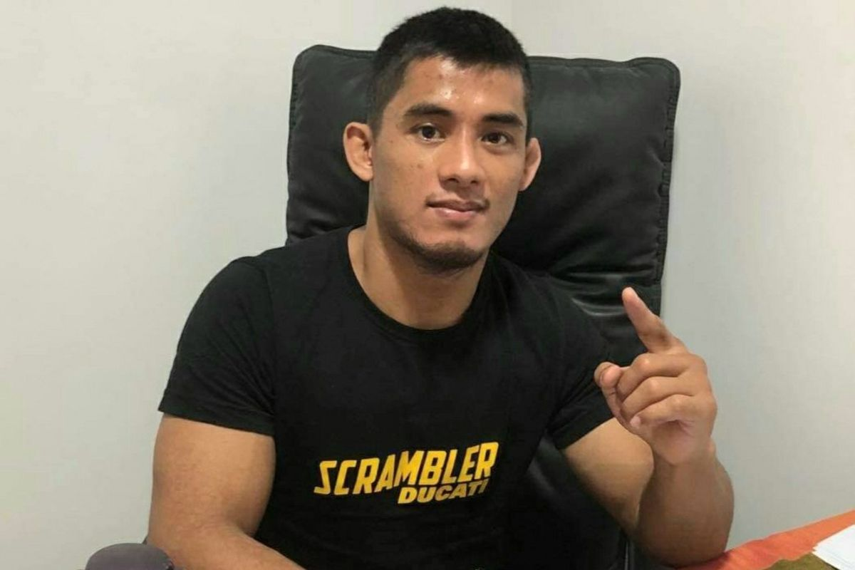 Filipino MMA fighter Stephen Loman officially signs with ONE Championship