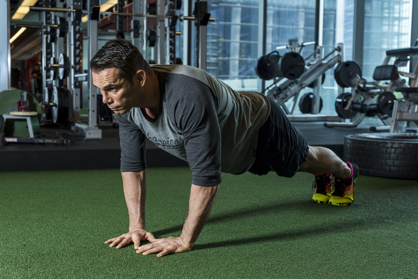 Rich Franklin Triangle Push-Ups