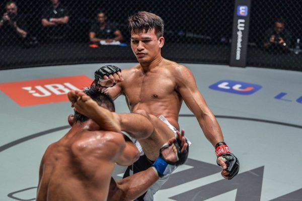 Honorio Banario defeats Shannon Wiratchai ONE KING OF THE JUNGLE