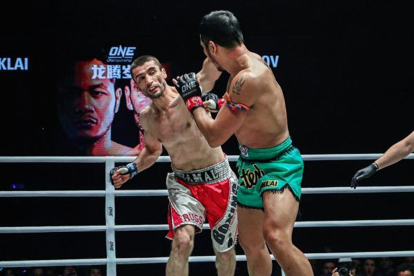 Dagestan-born kickboxing Jama Yusupov knocks out Yodsanklai IWE Fairtex