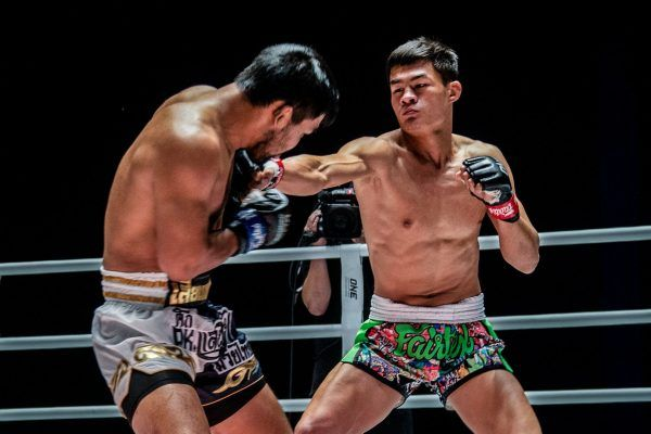 Muay Thai fighter Saemapetch Fairtex goes for the punch