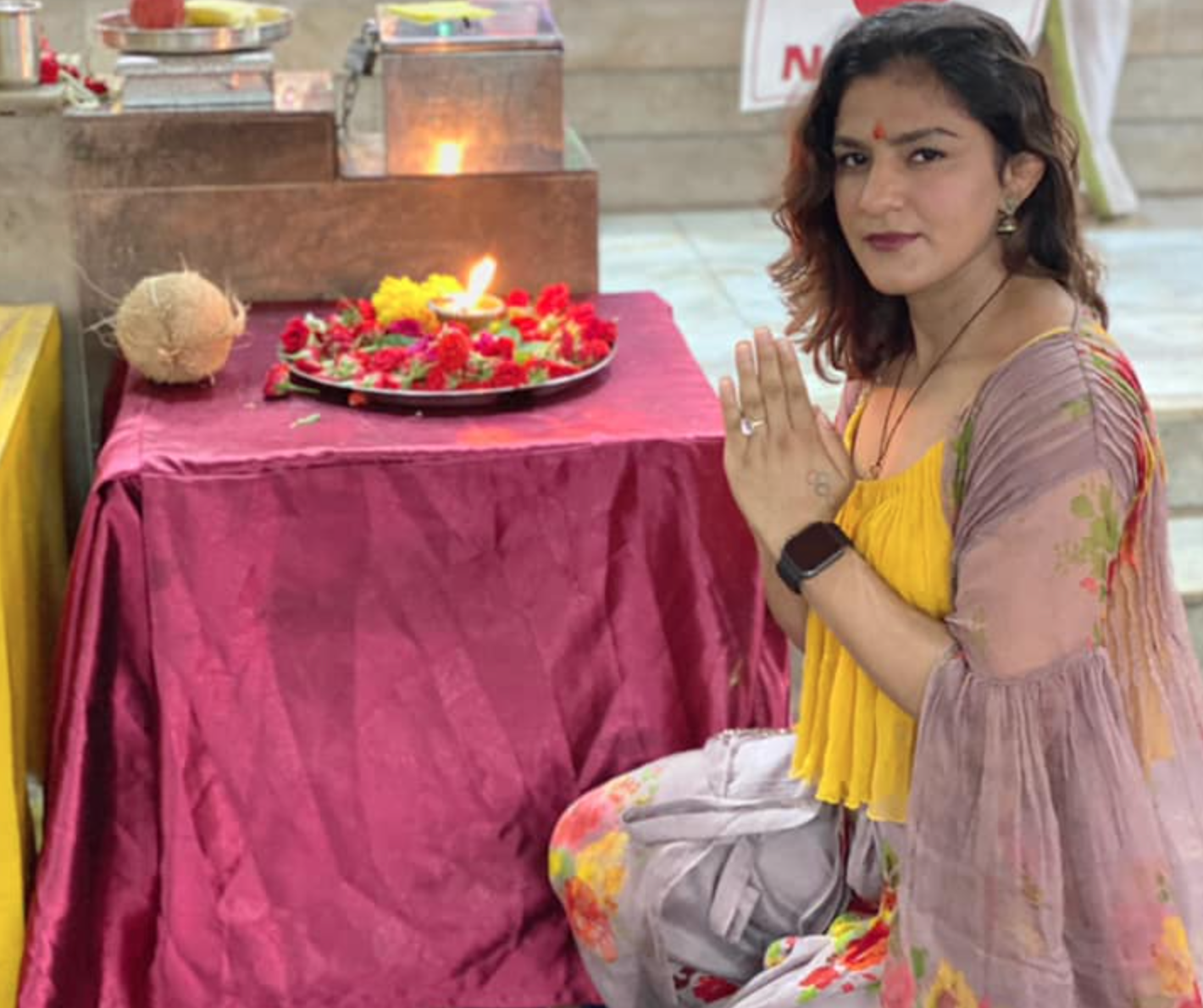 Ritu Phogat praying